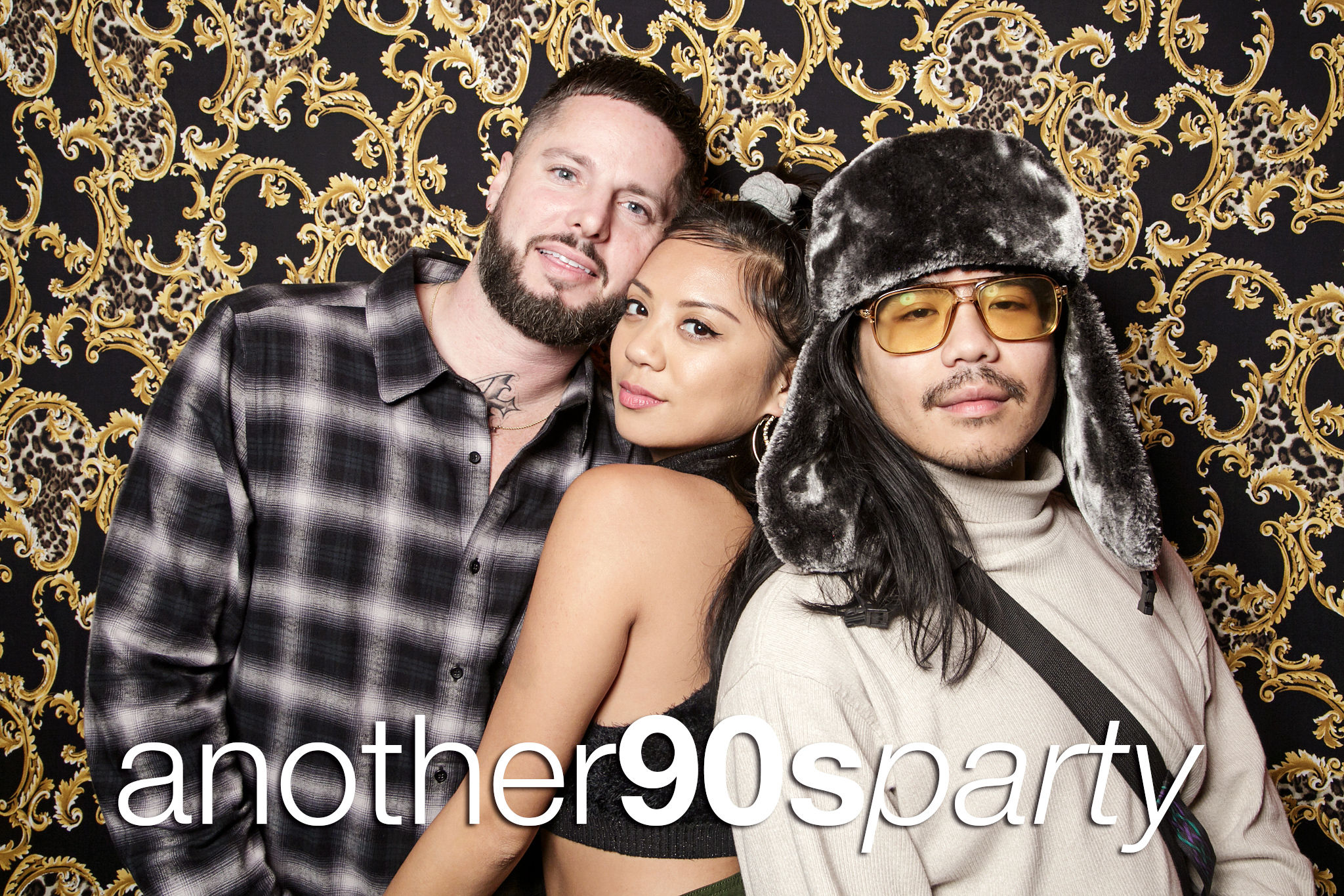 glitterguts portrait booth photos from another 90s party at beauty bar chicago, november 2019