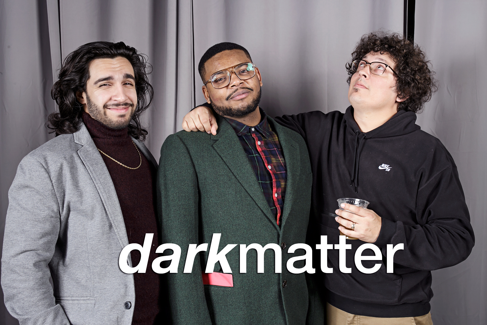 glitterguts portrait booth photos from dark matter chicago, january 2020