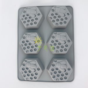 蜂巢6格矽膠皂模 6 Cavity Honeycomb Soap Mold