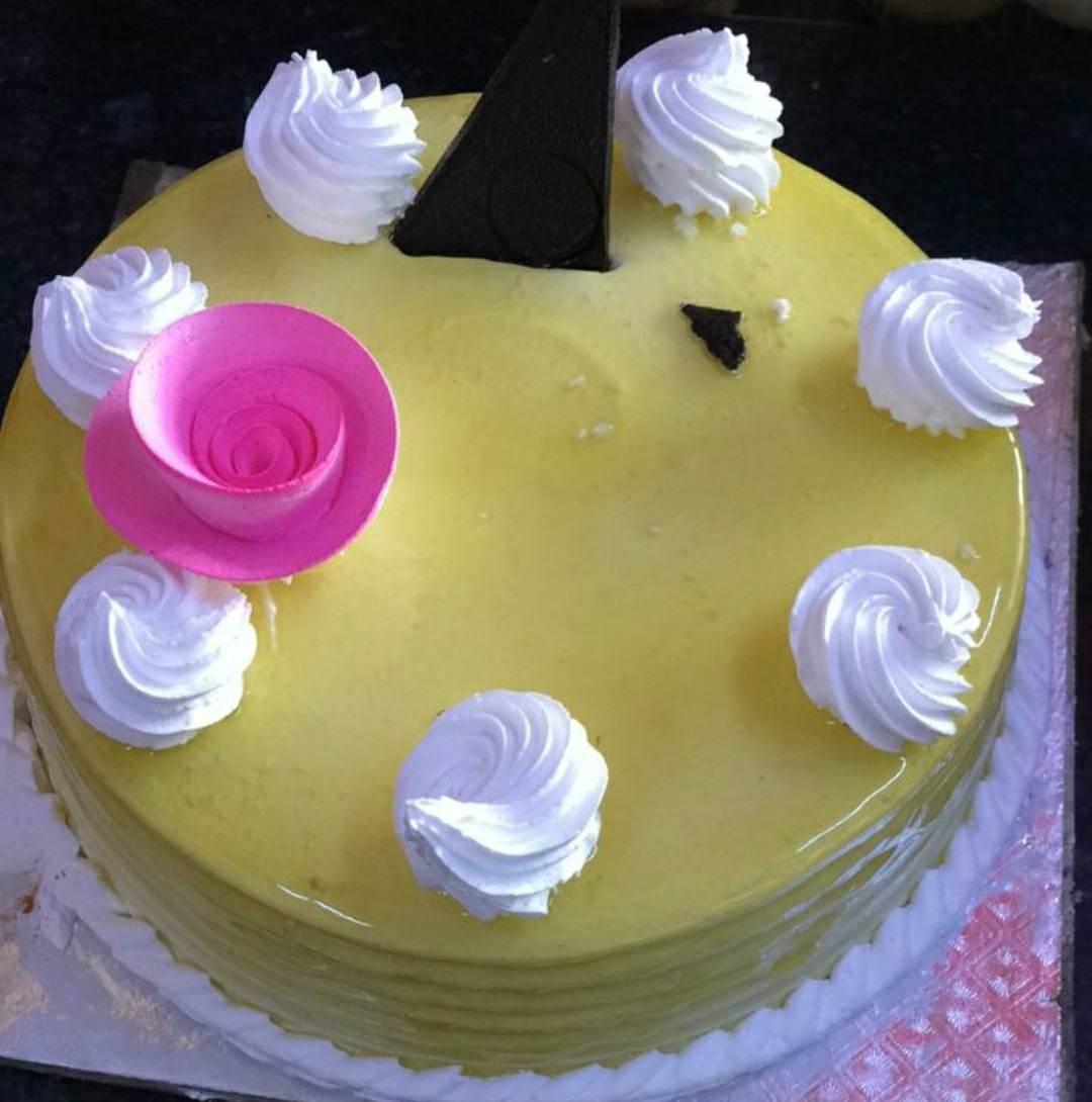 Butterscotch cool cake