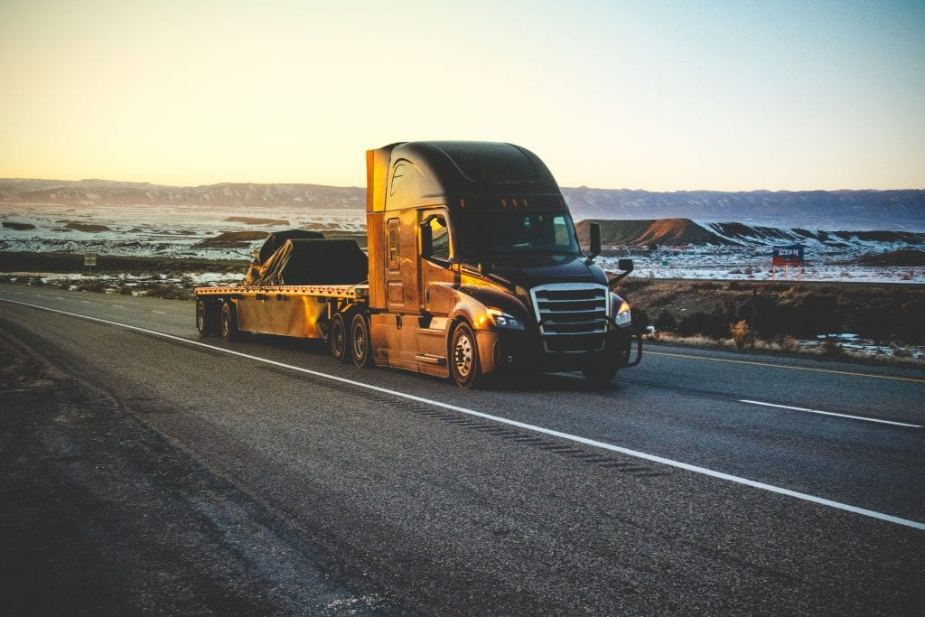 What Is Flatbed Shipping?