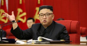 專家點出,金正恩不滿南韓禁食狗肉政策。(圖/翻攝自《路透社》)
