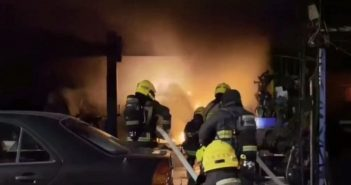 現場火勢相當猛烈,消防局共派了19車、45人力支援。(圖/警方提供)