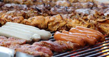 網友曝鄰居中秋烤肉烤了將近10小時。(示意圖/翻攝自Pixabay)