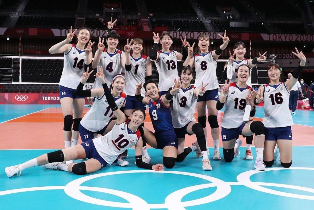 金軟景率領南韓女子排球隊出演綜藝節目《Running Man》。(圖/翻攝自金軟景IG)
