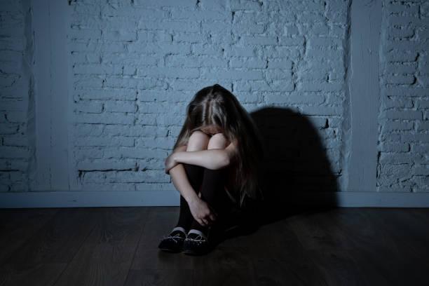 女孩哭泣。(圖/示意圖/取自Pixabay)