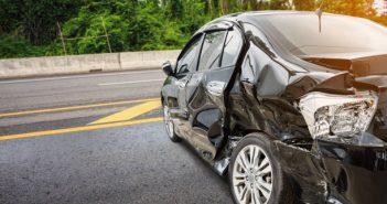 桃園一名女大生騎車外出求職,結果遭特斯拉撞死。(圖/示意圖/取自Pixabay)