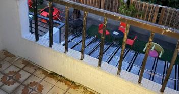 民眾在宜蘭民宿遭陌生男子摸大腿。(圖/翻攝自臉書)