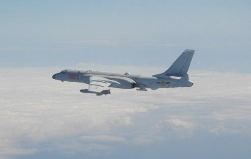 印度學者認為解放軍機頻擾台是為了擴大防空識別區並測反應。(圖/翻攝自mnd.gov.tw)
