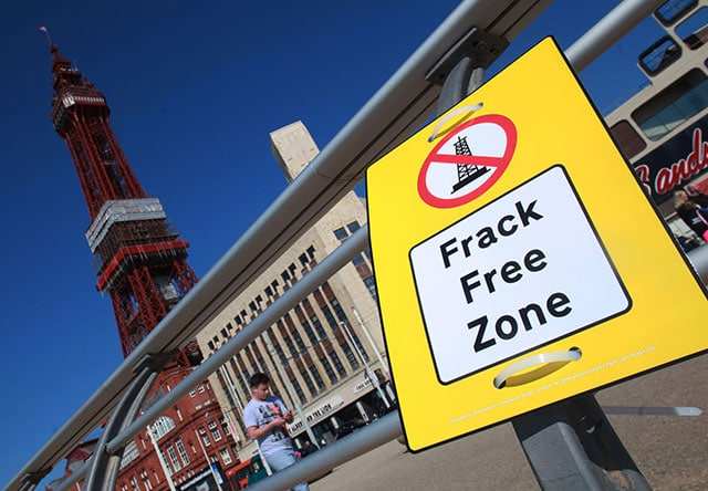 Image for From the frontline: How Greenpeace volunteers are resisting fracking in Lancashire