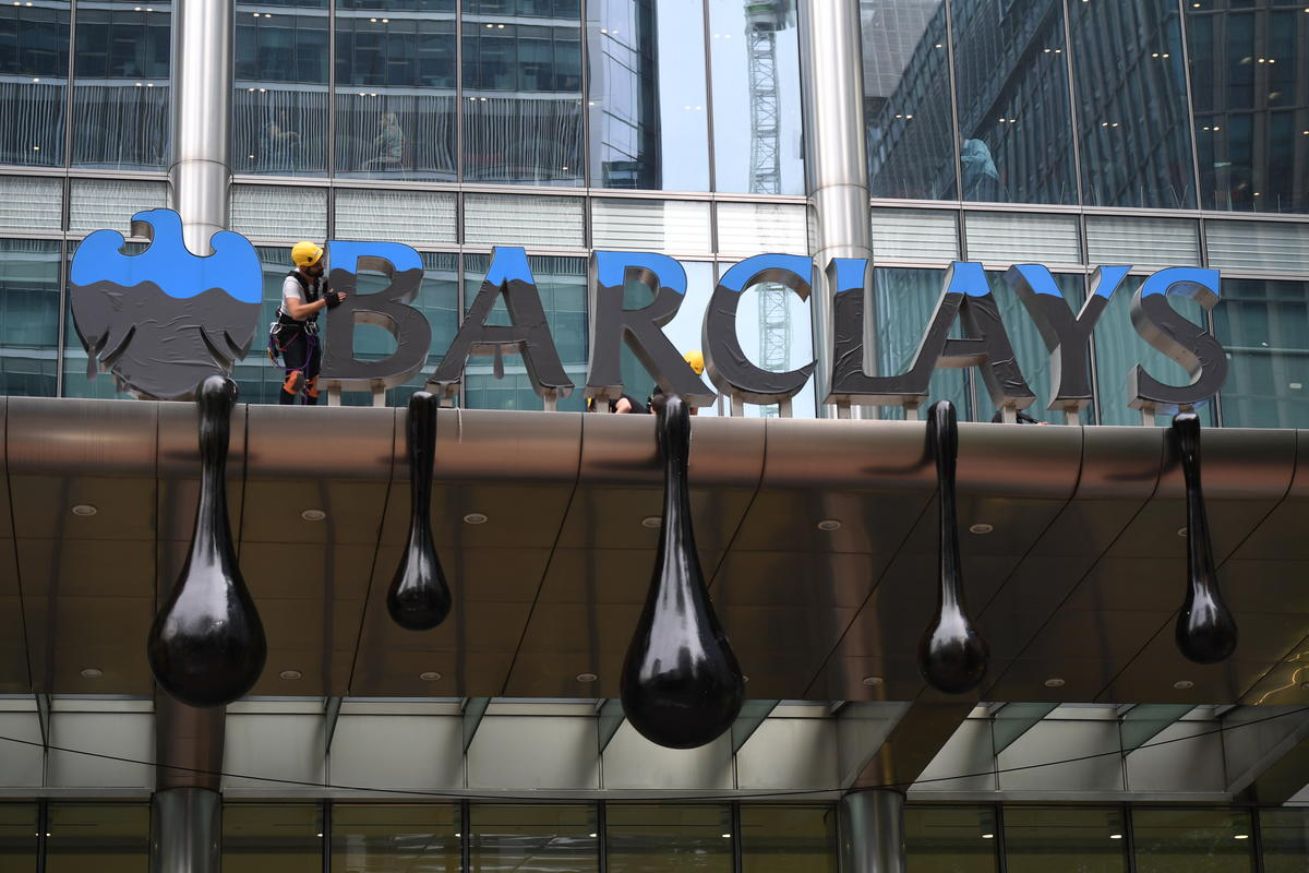 Image for Tell Barclays to say no to dirty tar sands
