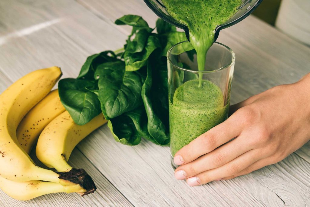 lindsay giguiere, boost your immune system with green drinks