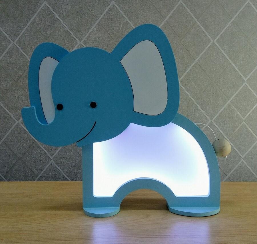 Luminária Abajur Elefante De Mesa Com Led Com Fio