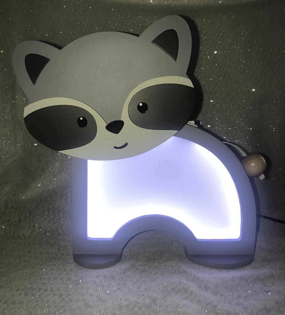 Luminária Abajur Guaxinim De Mesa Com Led Com Fio