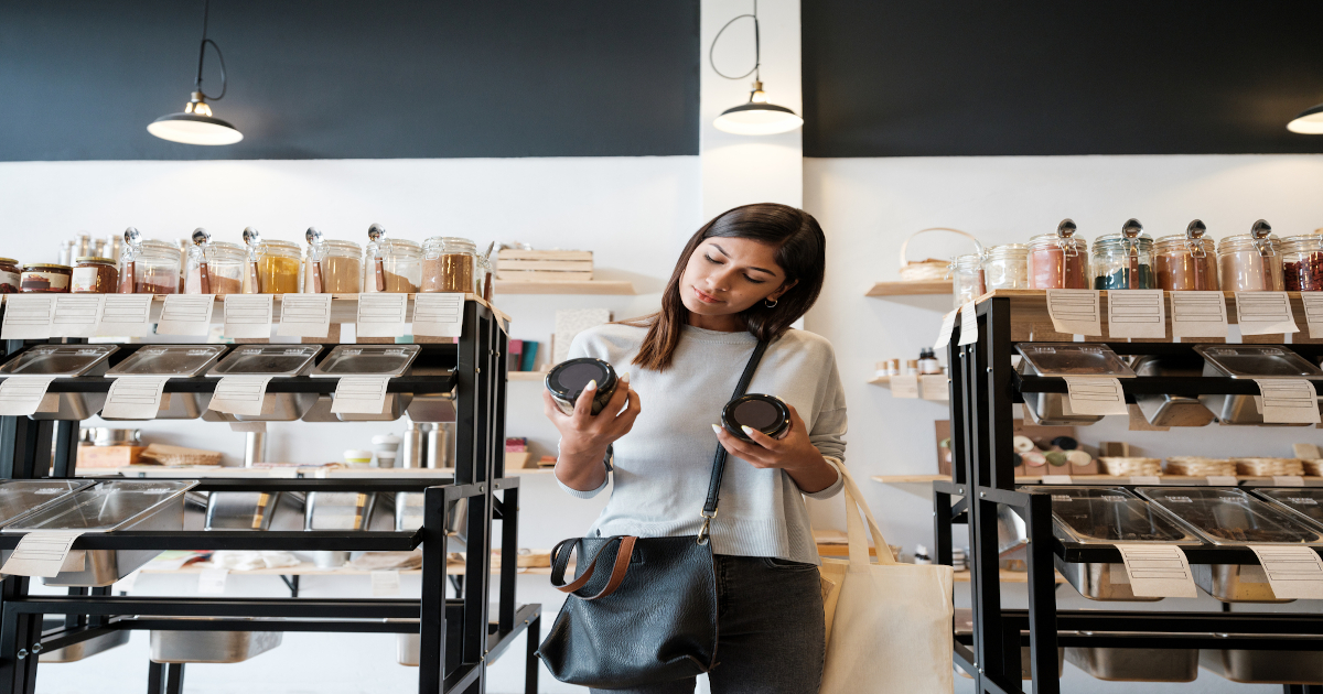 Sustainability in High-End Cosmetics: Innovations in Packaging
