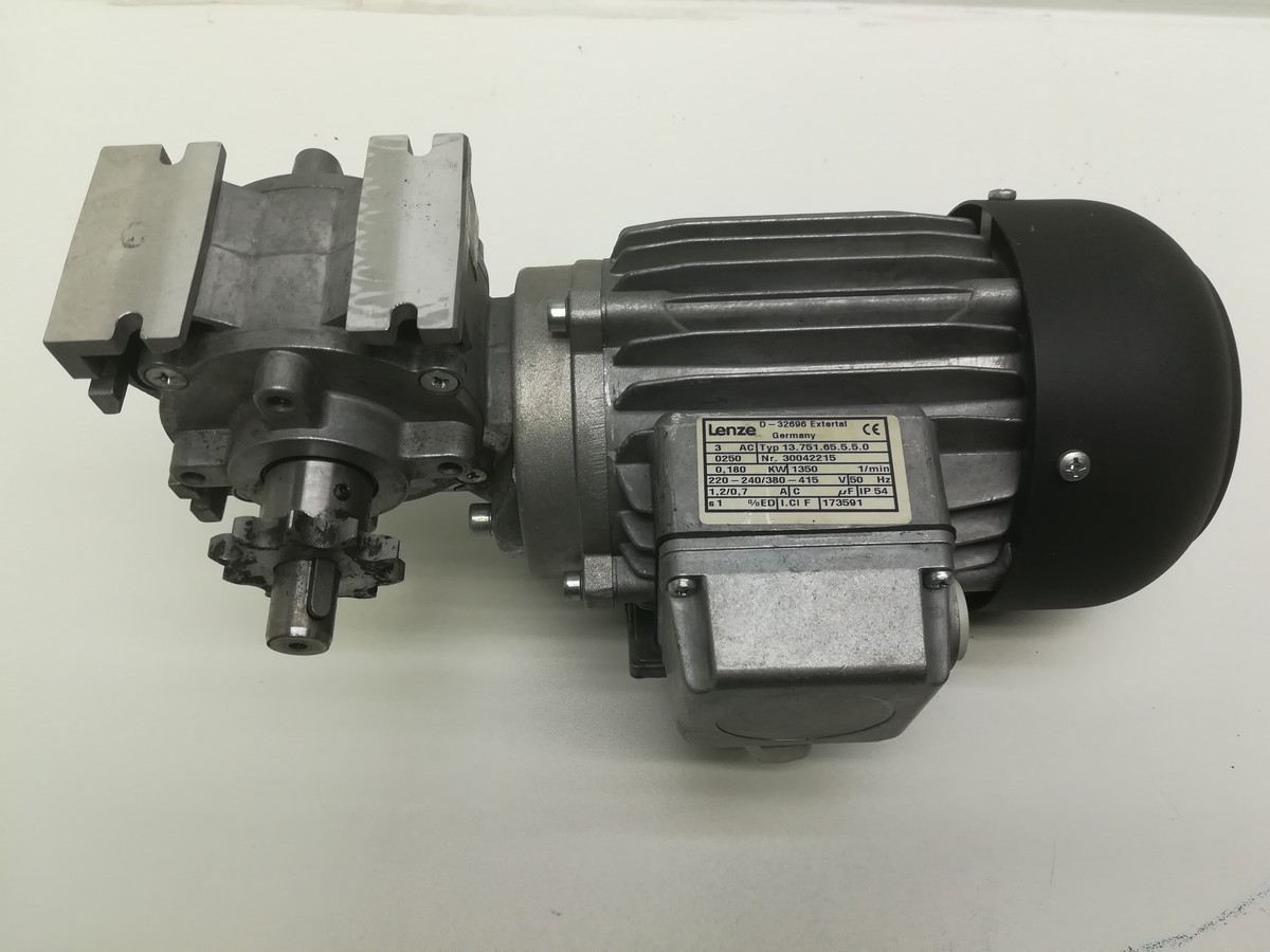 Graphic Web Parts - 13 751 65 5 5 0 Lenze motor with ssn40