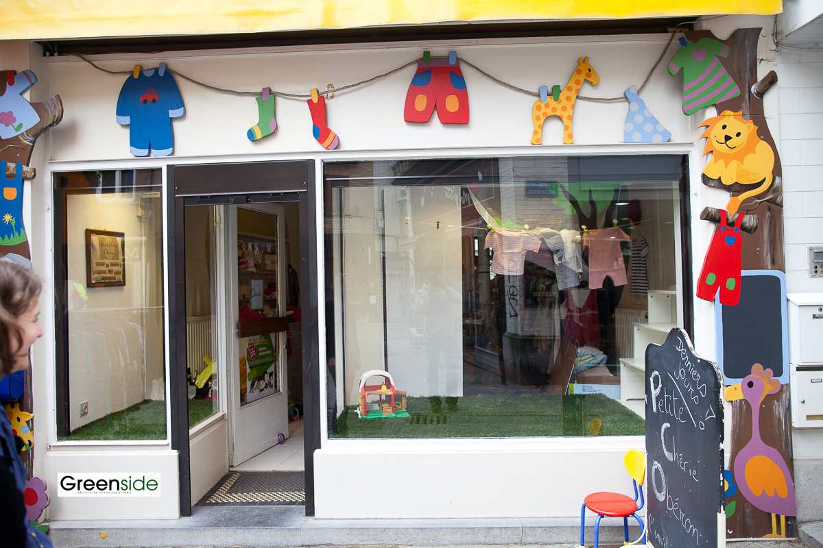 Gazon Artificiel Pour Une Vitrine De Magasin Greenside Blog