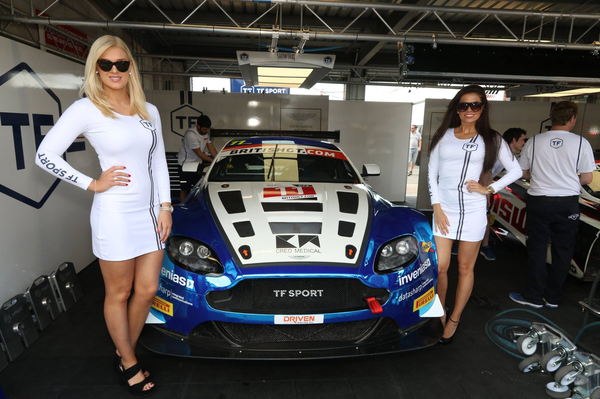 Tf Sport At Oulton Park For British Gt 30th May 01