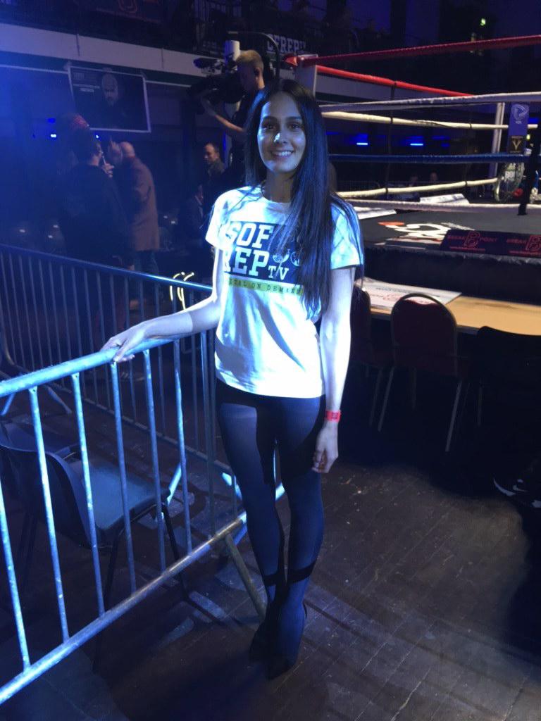Ring Girls – Remembrance Rumble 2 – York Hall – 11th Nov 2017
