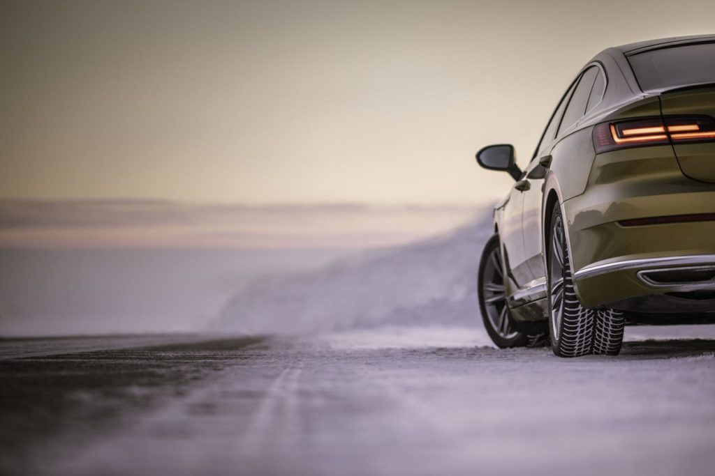 confronto-gomme-da-neve-bridgestone-vince-il-test-winter-auto-motor-und-sport