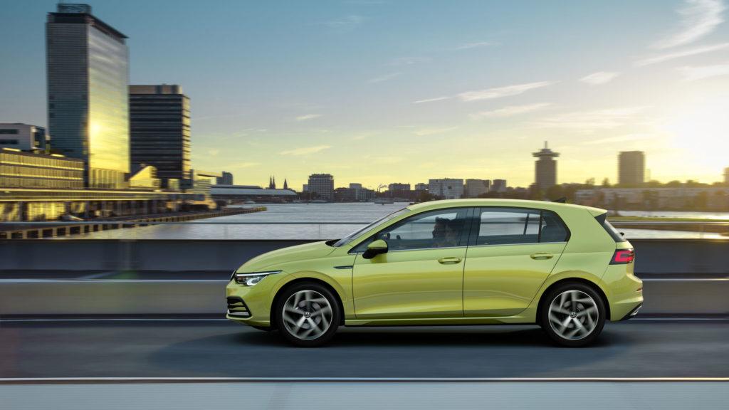 Volkswagen Golf 8 è ufficiale: caratteristiche e prezzi [Ultima Ora]