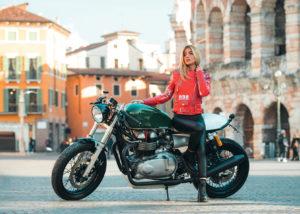 motor-bike-expo-verona-casco-rosso