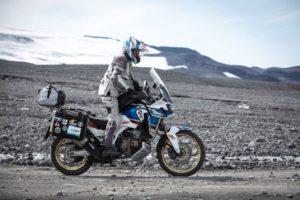 kappa-moto-novita-stagione-2020-in-sella-borse-valigie-casco-kv45-trial