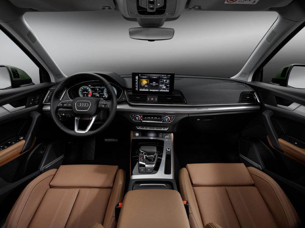 Nuova Audi Q5: più dinamica, più tecnologica