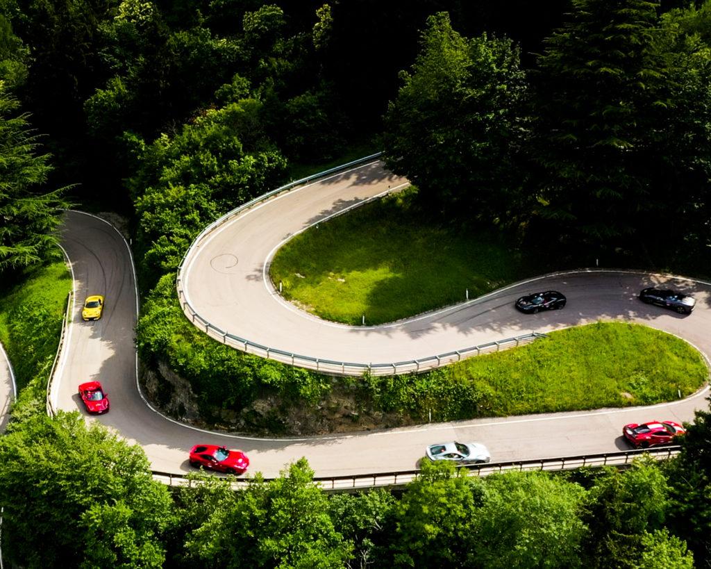 Stella Alpina 2020: tra sorrisi e commenti entusiasti si è concluso il primo evento automobilistico di regolarità classica dopo il lockdown