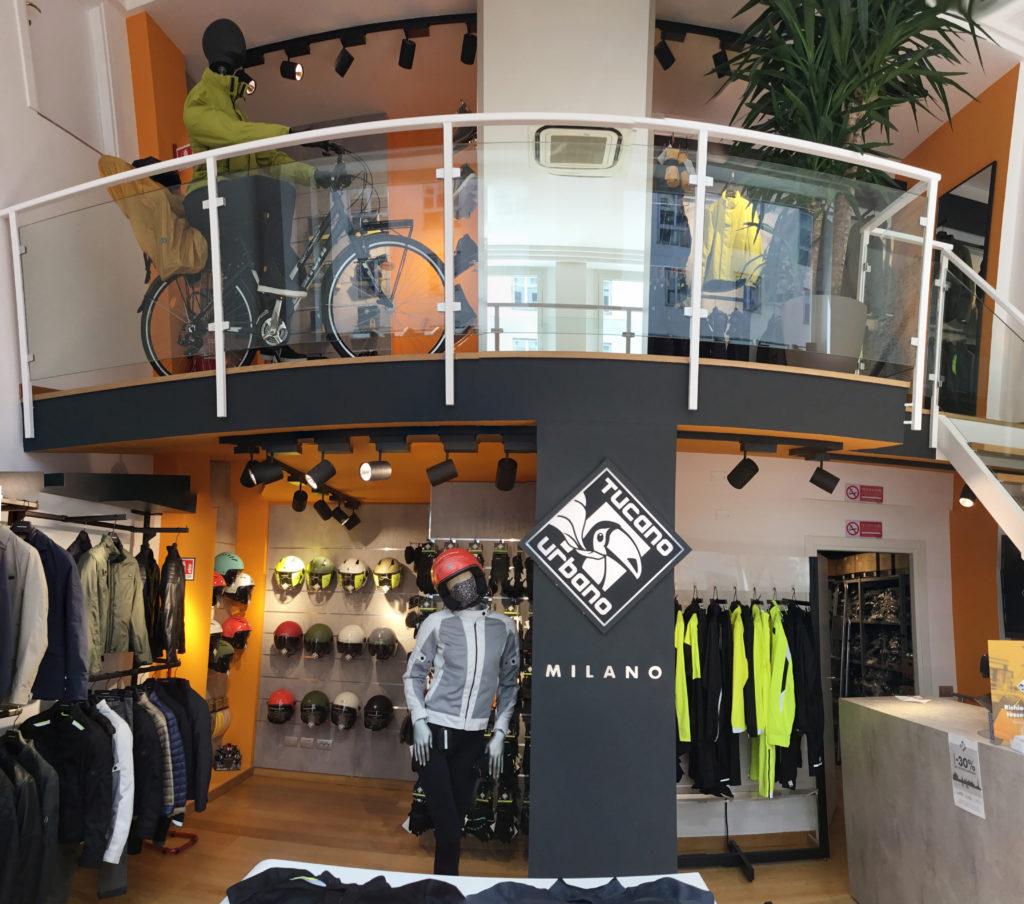negozio Tucano Urbano centro Milano via Albricci 9 orario orari