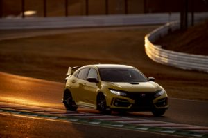 honda-civic-type-r-limited-edition-segna-un-nuovo-giro-record-a-suzuka