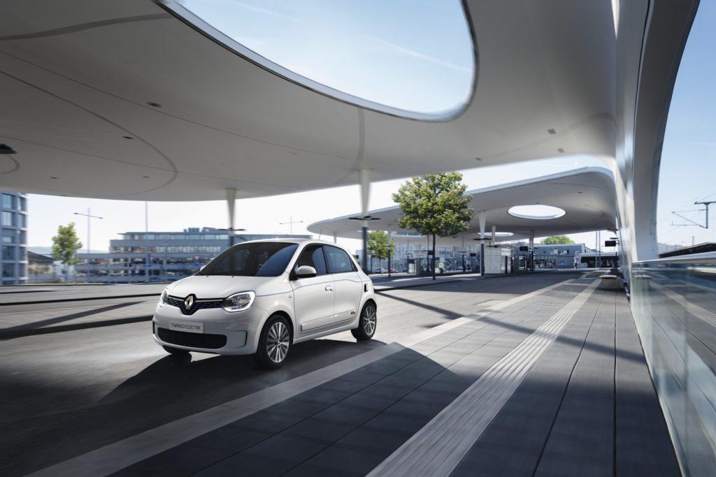 Piccola auto urbana elettrica da incentivare? Renault Twingo Electric è ordinabile