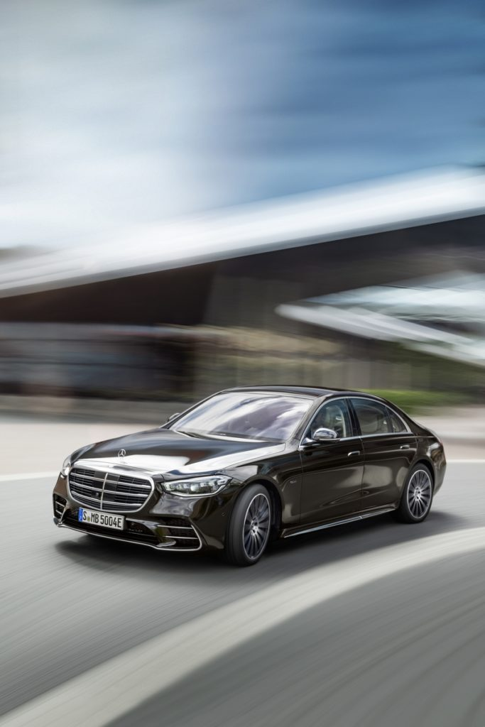 Nuova Mercedes-Benz Classe S: tre versioni italiane e prezzi a partire da 107.644 euro