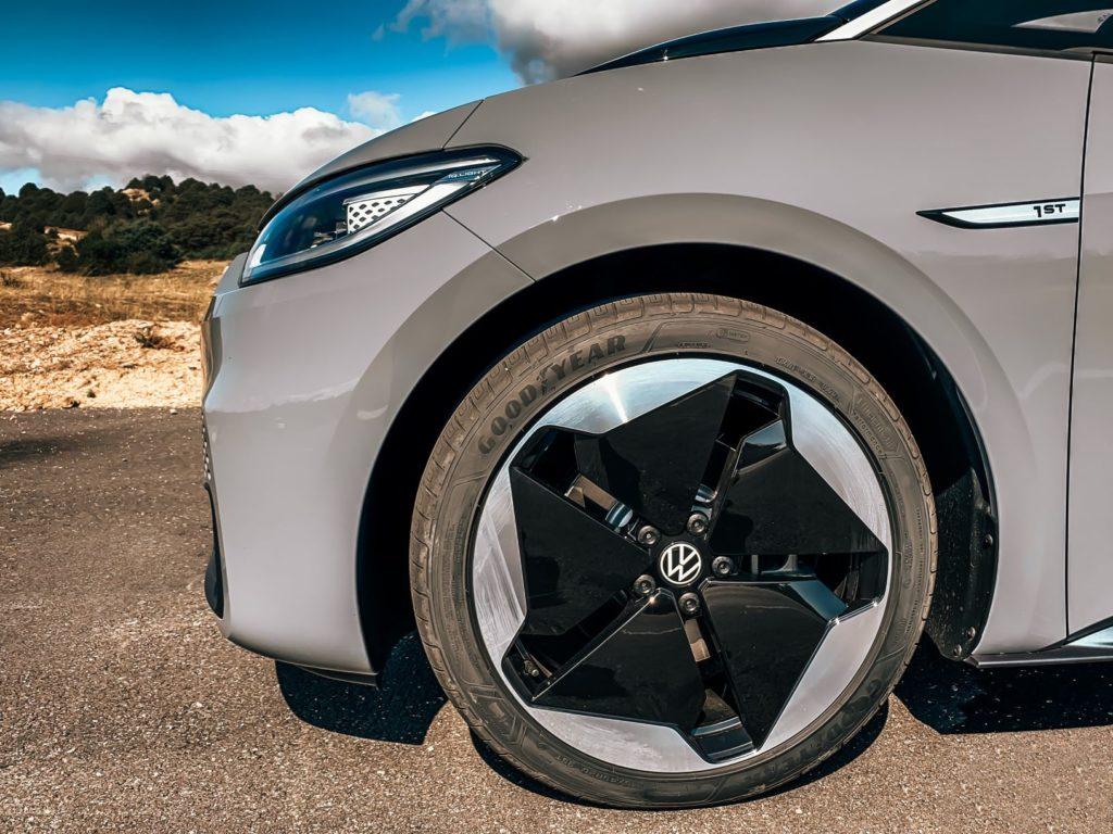 goodyear-volkswagen-id-3-efficientgrip-ultragrip-performance-gomme