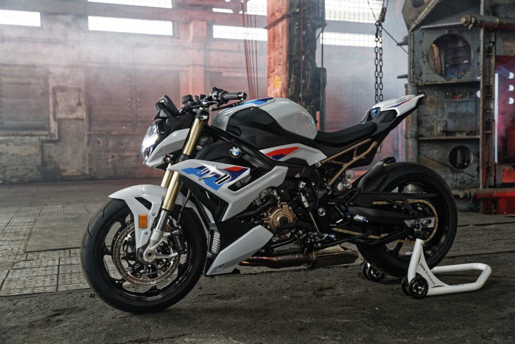 La nuova BMW S 1000 R 2021