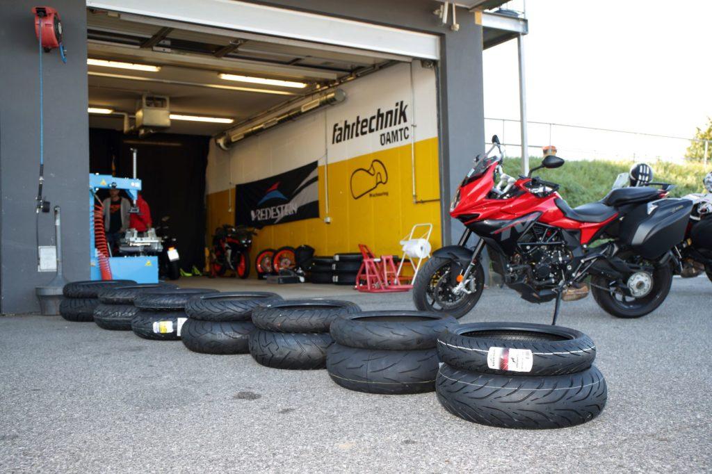 sport-touring-migliori-pneumatici-motociclismo-test-2020-gomme
