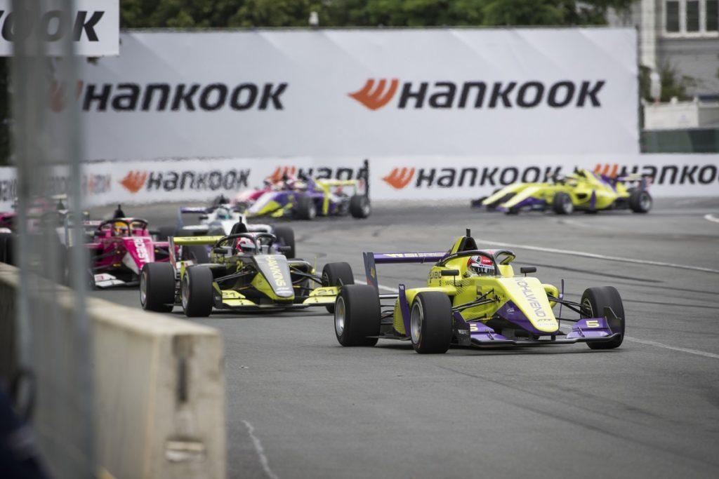 hankook-e-il-potere-alle-donne-w-series-al-via-con-le-gomme-hankook-nei-weekend-di-gara-di-formula-1