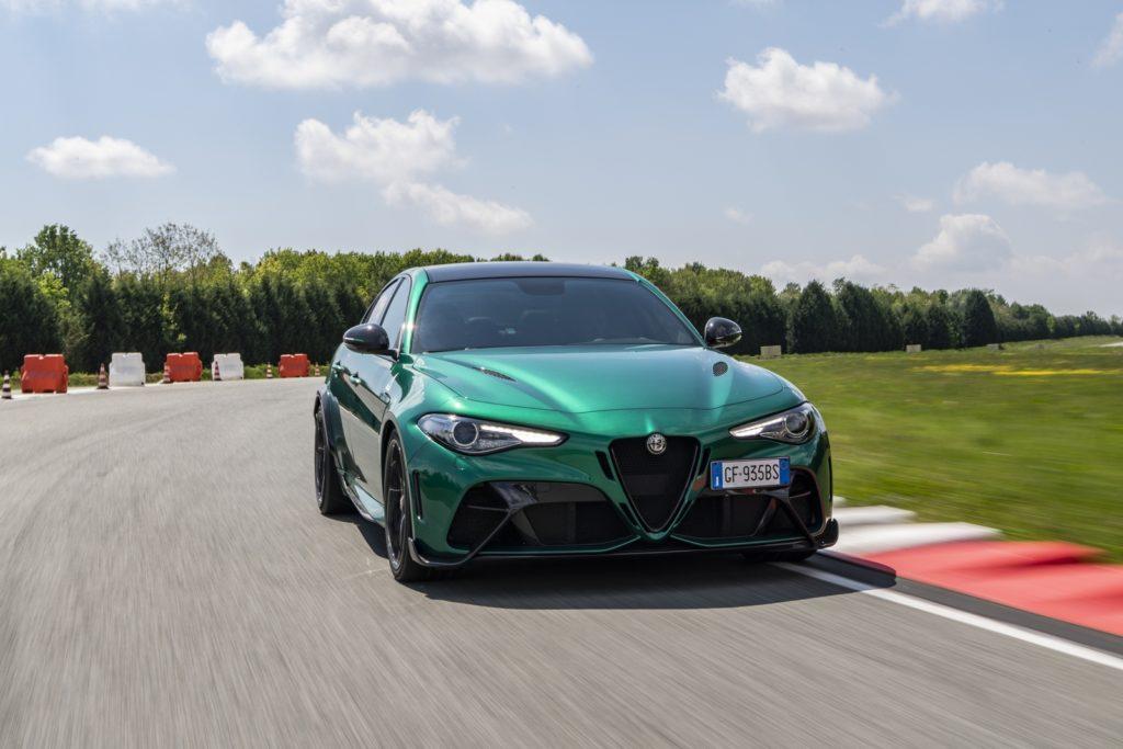 nuova Alfa Romeo Giulia GTA GTAm Michelin Pilot Sport Cup 2 Connect