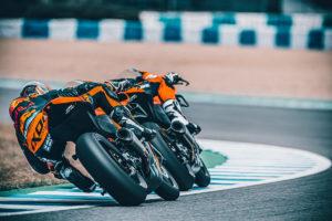 KTM RC 8C moto pista motore LC8c Krämer Motorcycles