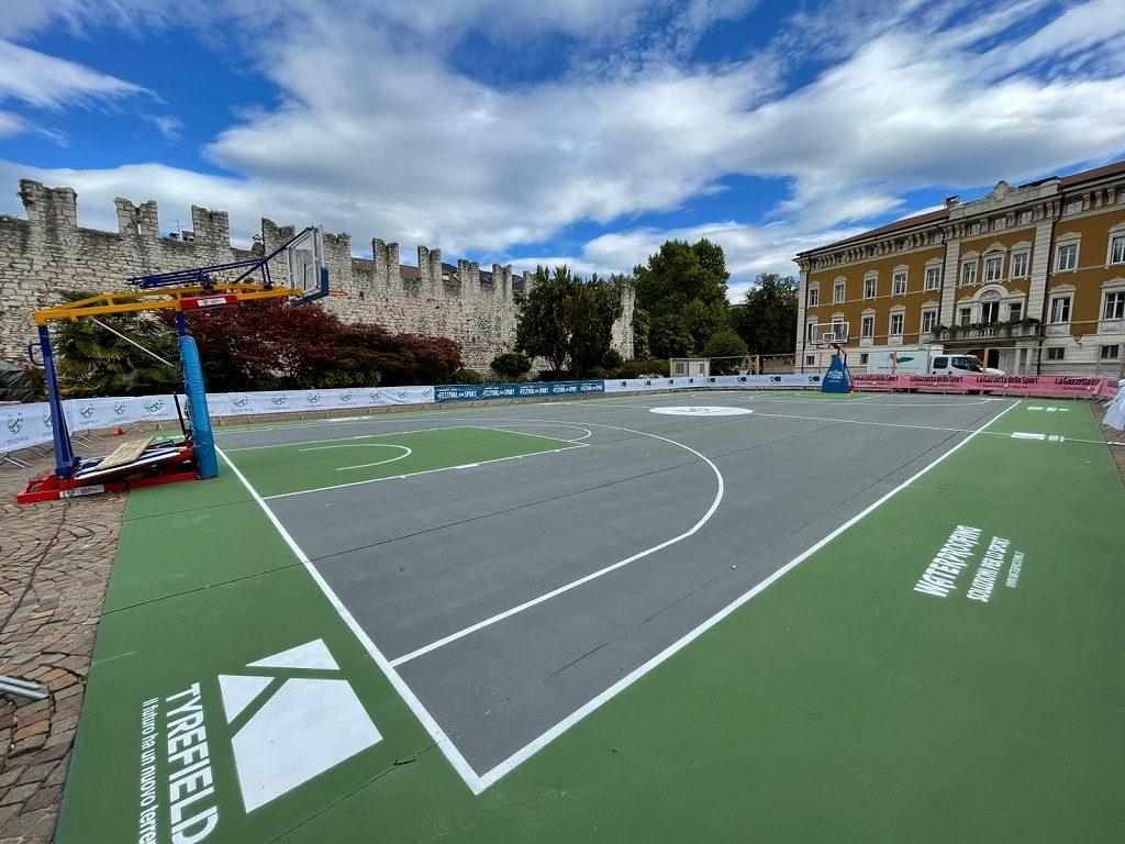 sport gomma riciclata Padel, basket, tennis: lo sport del futuro campi a tyrefield impianti festival ecopneus utilizzo materiali pneumatici