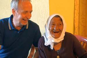 <p>The blessings of helping people in Kosova - Kenny with the smiling Mona