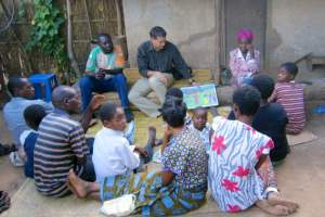 GRN flipcharts being used by a missionary in Malawi