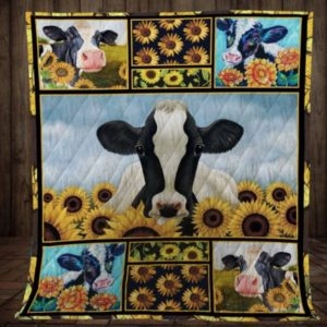 Cow in the town - Blanket