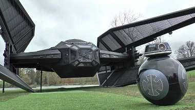 typek-postavil-tie-silencer-ze-star-wars-the-last-jedi-v-zivotni-velikosti