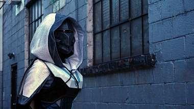 podivejte-se-jak-se-vyrabely-oficialni-destiny-2-kostymy