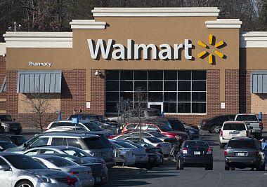 supermarkety-walmart-prestaly-prodavat-nasilne-hry-a-filmy-zbrane-si-tam-vsak-stale-koupite