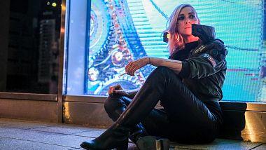 moderatorka-alzbeta-trojanova-zari-v-cosplay-cyberpunk-2077