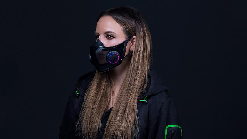 dalsi-herni-prislusenstvi-kvuli-pandemii-respirator-od-razeru-ma-barevne-podsviceni