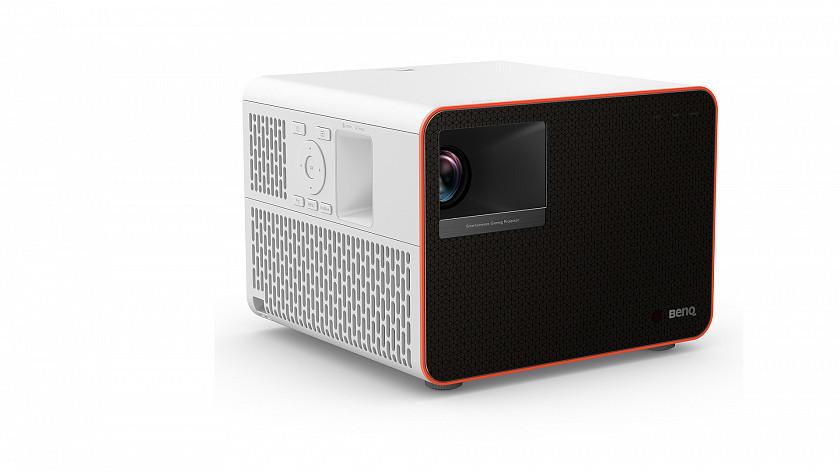 led-projektor-benq-x1300i-urceny-hracum-miri-na-trh