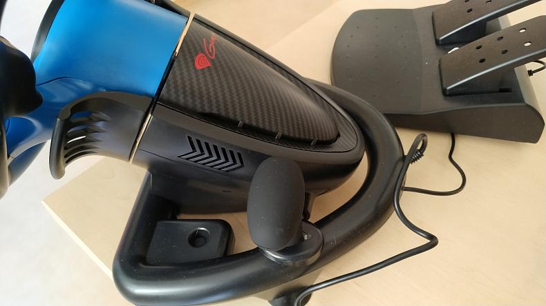 Levný herní volant Genesis Seaborg 350